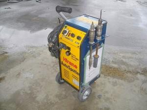 浦和・岩槻の板金塗装なら株式会社エムクラフトのアルミパネル対応スタッド溶接機